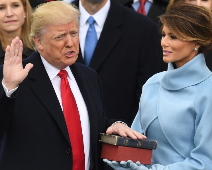 Donald Trump sworn in as president 2016 January